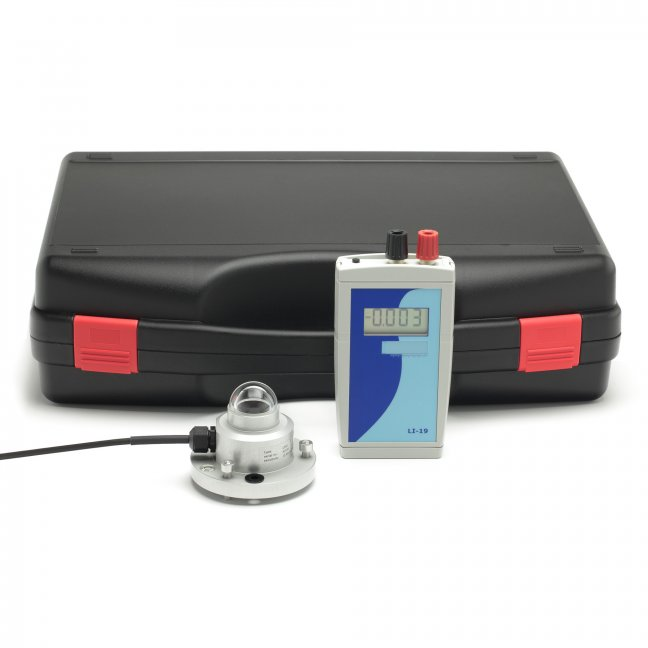 LP02-LI19 is well suited for mobile measurements and short term datalogging